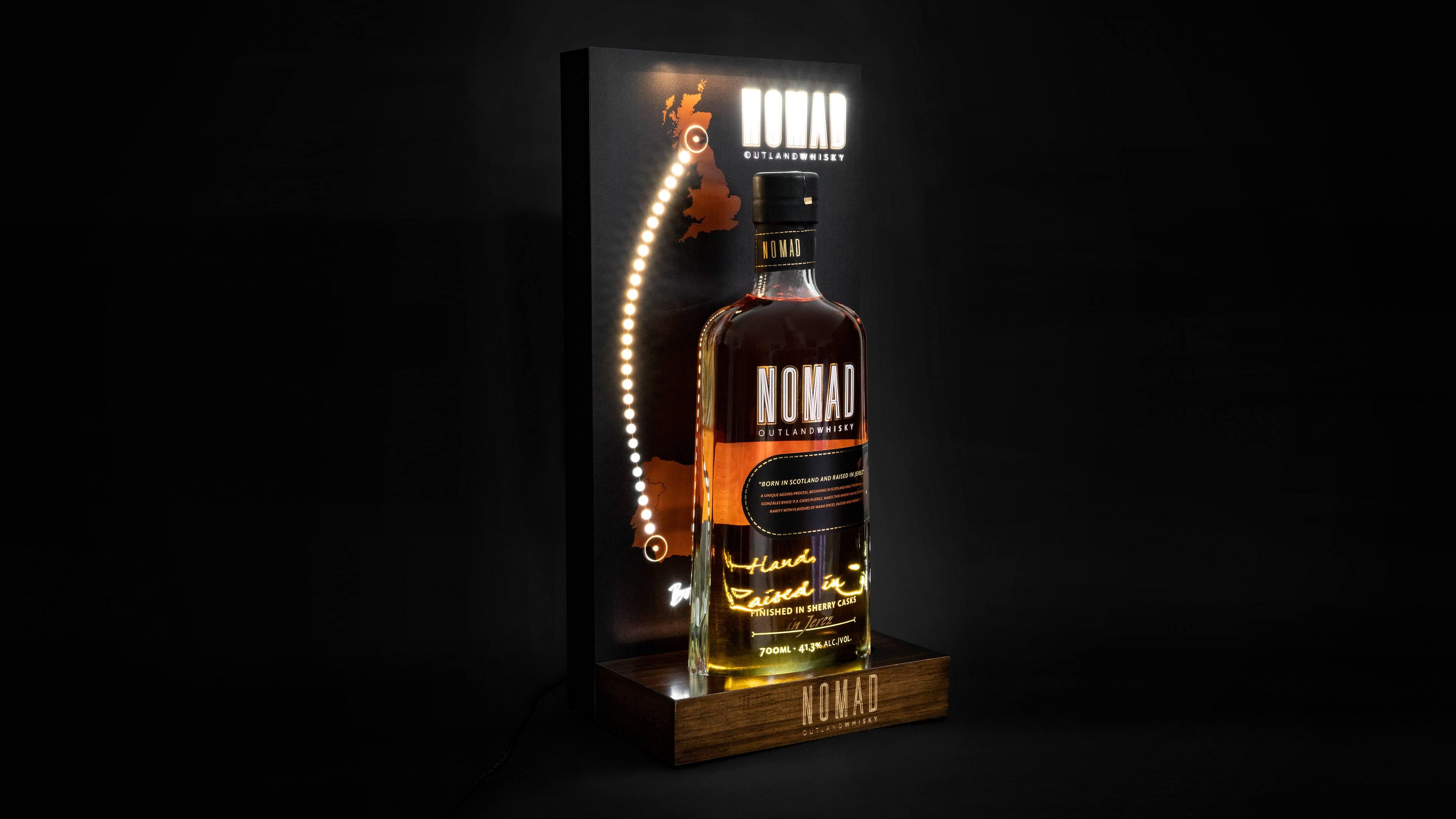 Nomad Outland Whisky Glorifier LED Display blinking blinkt leuchtet Lampe beleuchtung Holz Flaschenbeleuchtung Bottle Lamp Whiskey